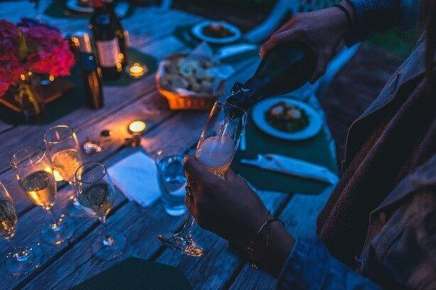 雞尾酒會 cocktail party